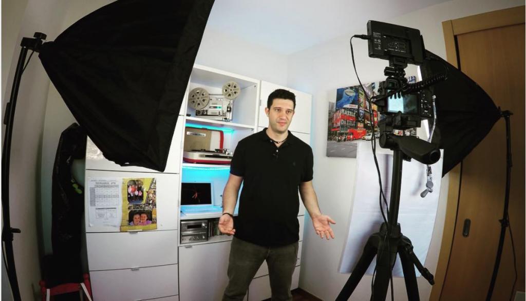 Equipo para crear vídeos en YouTube