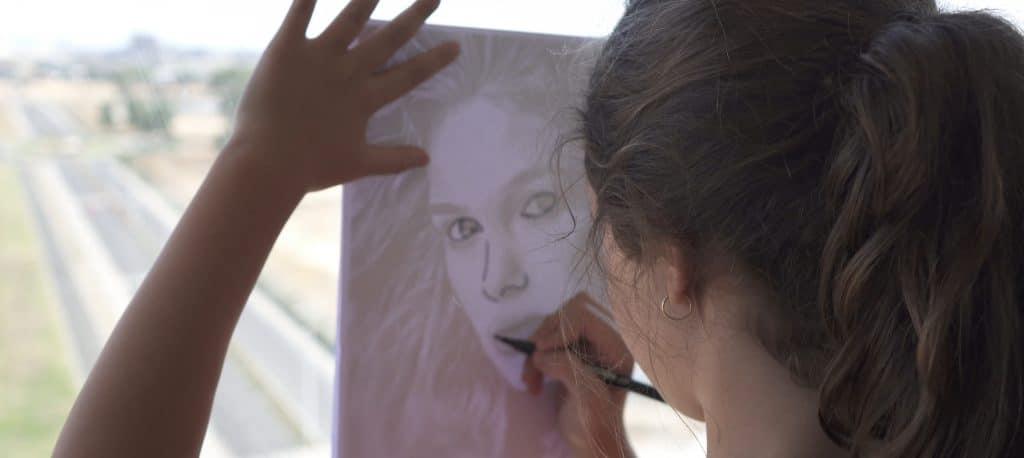 calcar dibujo en ventana-editalo-pro