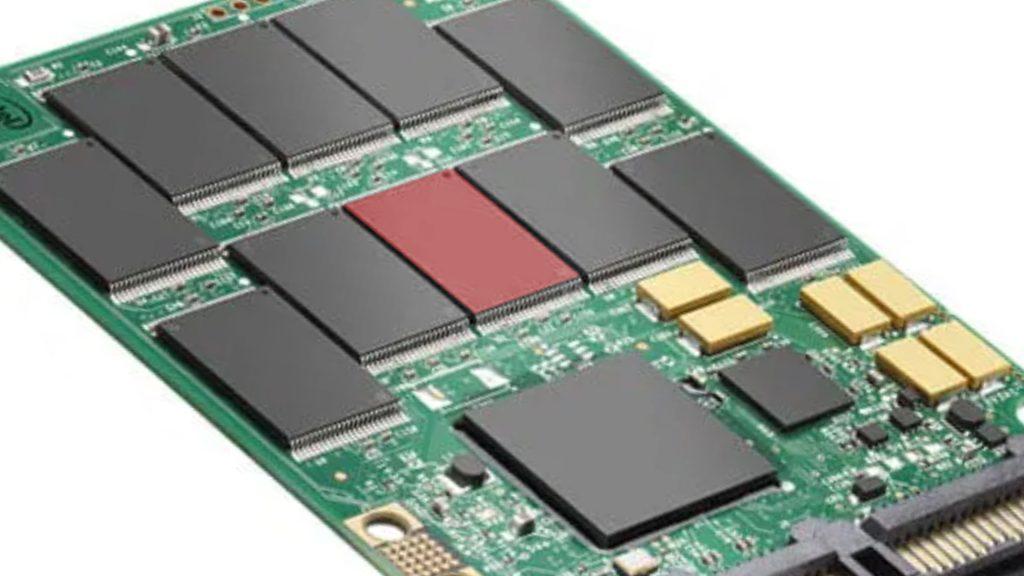 banco de memoria flash SSD